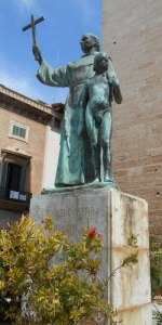 statue-of-junipo-serra-048c