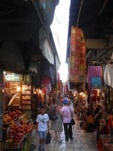 souk in Jerusalem (Medium)